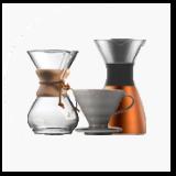 Koffiezetschalen en gereedschap