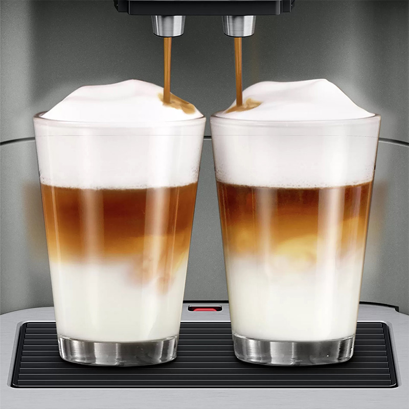 """""""One Touch Double Cup"""" function for 2 coffee portions at once"""